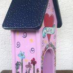 Futterhaus für ein Mädchen